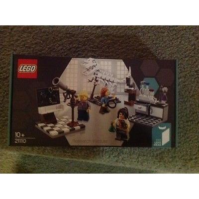 LEGO 21110 Research Institute NIB - RARE SET!! FREE SHIPPING! IN STOCK!!