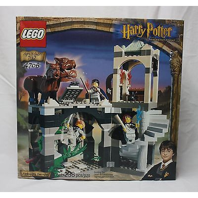 Lego Harry Potter 4706 Forbidden Corridor from 2001 SEALED