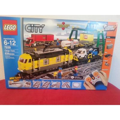 Lego City, Cargo Train #7939, Retired FREE SHIPPING