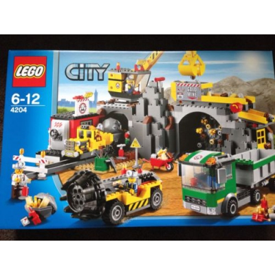 New LEGO CiTY The Mine 4204 (Rare & Discontinued) - Free Gift & Shipping