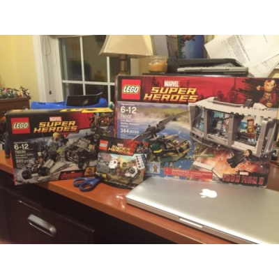 LEGO Marvel Super Heroes Lot New 76007 76030 Hulk Poly Bag New