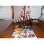 Lego Pirates 6243 Brickbeard's Bounty 100% complete EUC