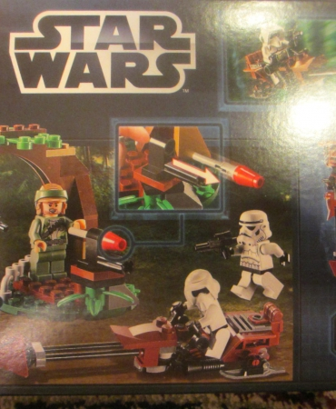 LEGO Star Wars Endor Rebel Trooper and Imperial Trooper Battle Pack # 9489
