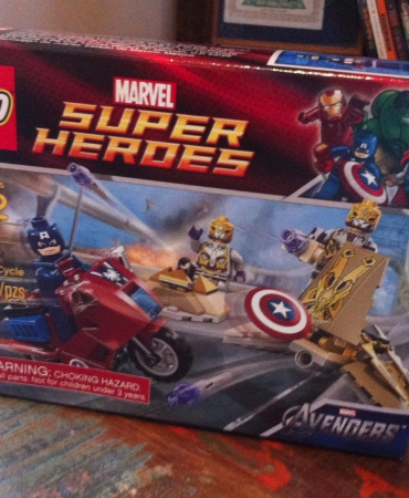 LEGO Super Heroes Captain America's Avenging Cycle 6865