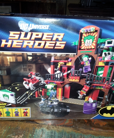 Super Heroes The Dynamic Duo Funhouse Escape 6857