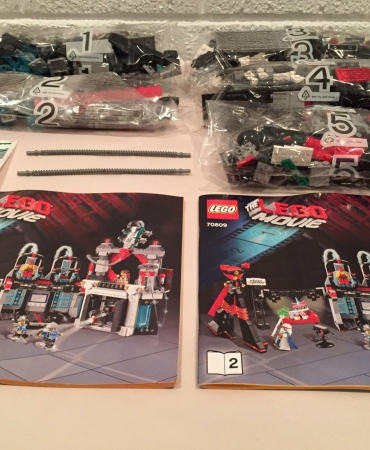 Lego 70809 The Lego Movie Lord Business' Evil Lair NO MINIFIGURES