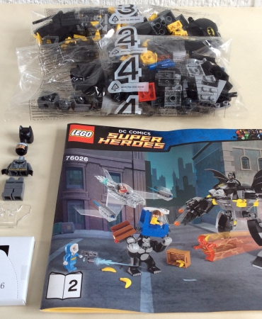 Lego 76026 DC Comics Super Heroes Gorilla Grodd Goes Bananas BATMAN MINIFIGURE AND MECH ONLY