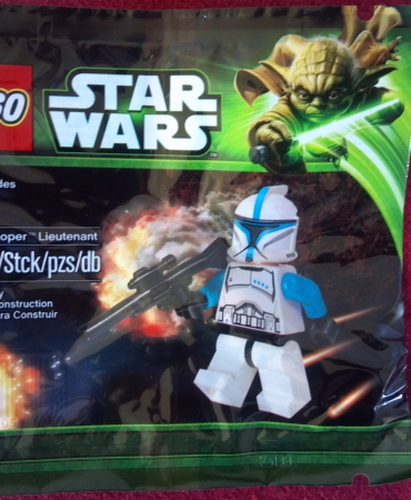 Lego Star Wars Clone Trooper Lieutenant, FREE SHIPPING !