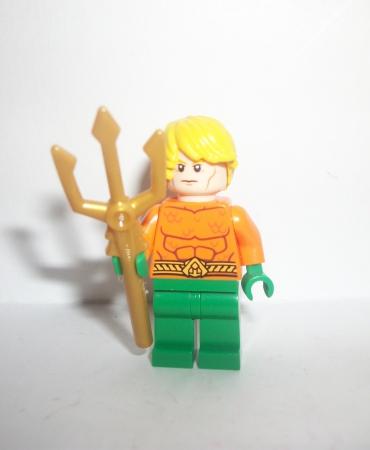 Lego Super Heroes DC Minifgure Aquaman Figure