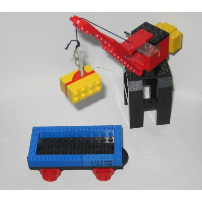 132 Port Crane and Flat Waggon