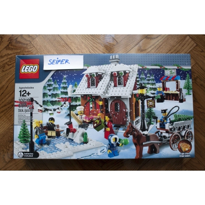 10216 Winter Village Bakery - New sealed