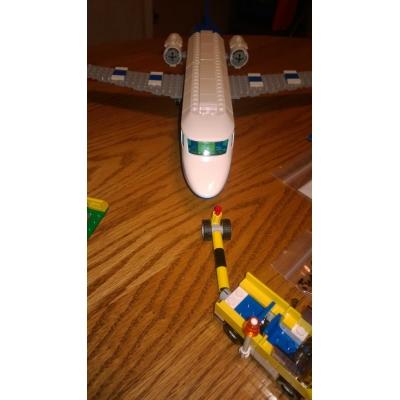 3181-1 Passenger Plane