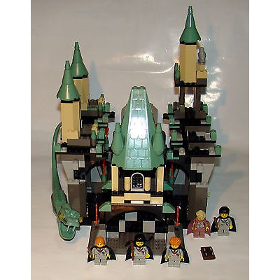 Lego THE CHAMBER OF SECRETS Set # 4730 Harry Potter 100% Complete Excellent