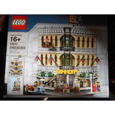 Lego Modular Buildings 10211 Grand Emporium NEW Sealed in Box