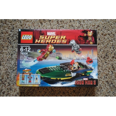 Marvel Super Heroes Iron Man Extremis Sea Port Battle (76006) - NEW, MINT, SEALED, RETIRED