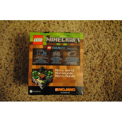 Minecraft Micro World The Forest 21102 - NEW, SEALED, RETIRED, MINT