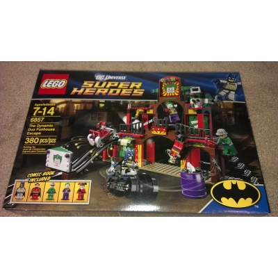 Lego 6857 DC Universe Super Heroes Dynamic Duo Funhouse Escape - New & Sealed in Box