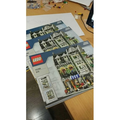 Lego ® Creator - 10185 - Green Grocer - USED COMPLETE WITHOUT BOX