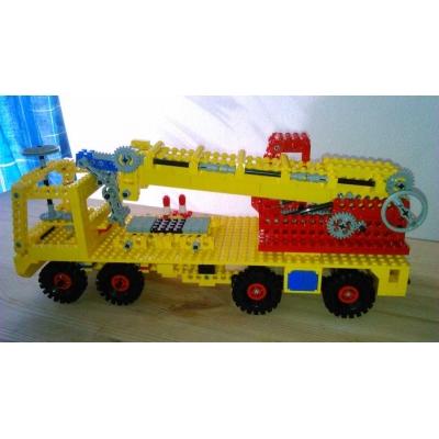 855 Crane (Truck Version)