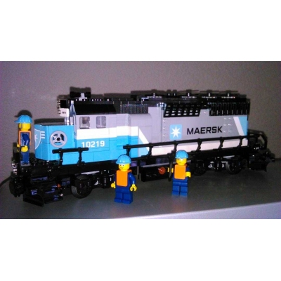 Maersk Container Train 10219-1