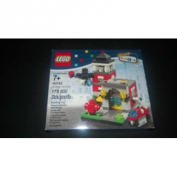 40182 Bricktober Fire Station