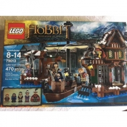 79013 The Hobbit Lake-Town Chase